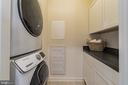 Separate laundry on bedroom level - 7838 CULLODEN CREST LN, GAINESVILLE