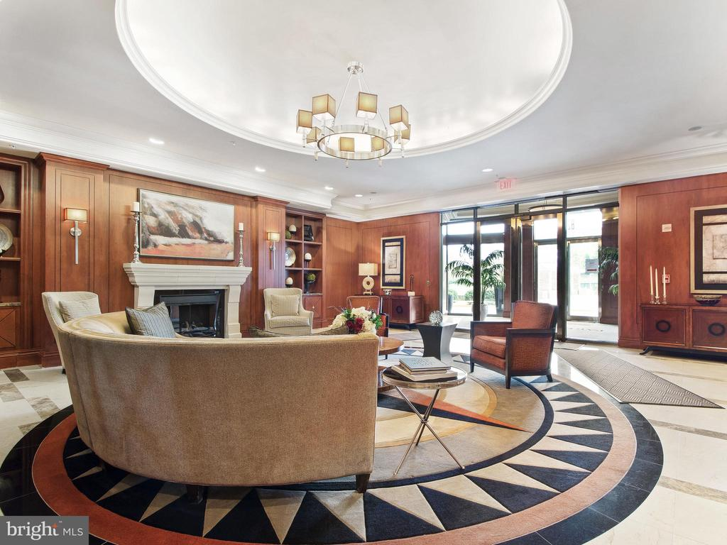 Main Lobby - 8220 CRESTWOOD HEIGHTS DR #1814, MCLEAN