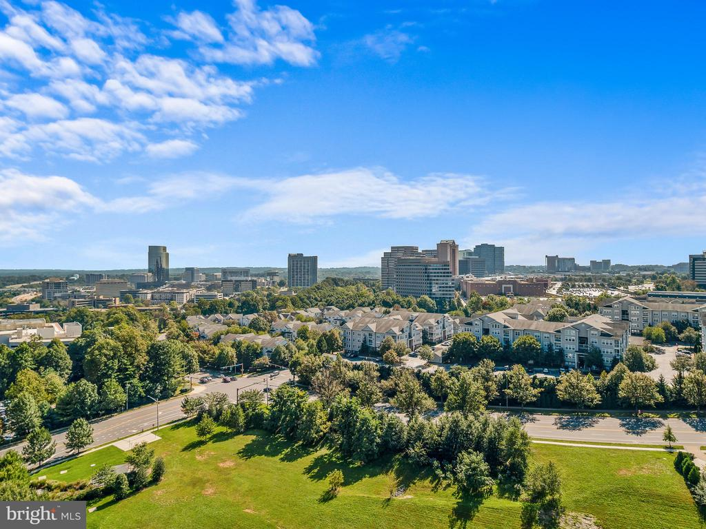 Views from Club-room & Roof top - 8220 CRESTWOOD HEIGHTS DR #1814, MCLEAN