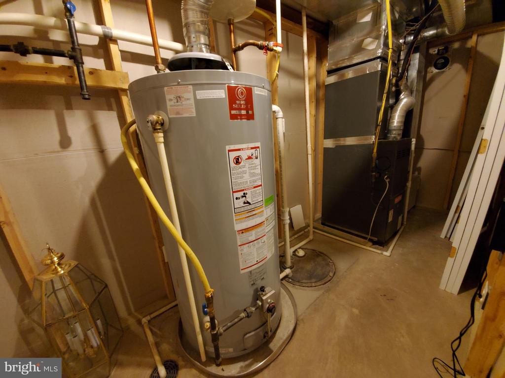 Utility room with natural gas service. - 4152 AGENCY LOOP, TRIANGLE
