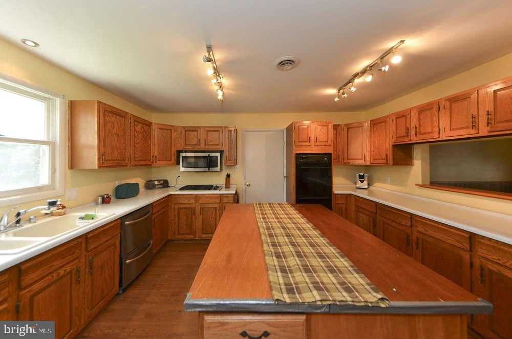 Kitchen - 815 S WAKEFIELD ST, ARLINGTON