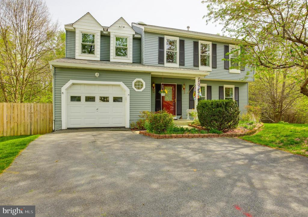 Welcome home! - 15103 SWISS STONE CT, BURTONSVILLE