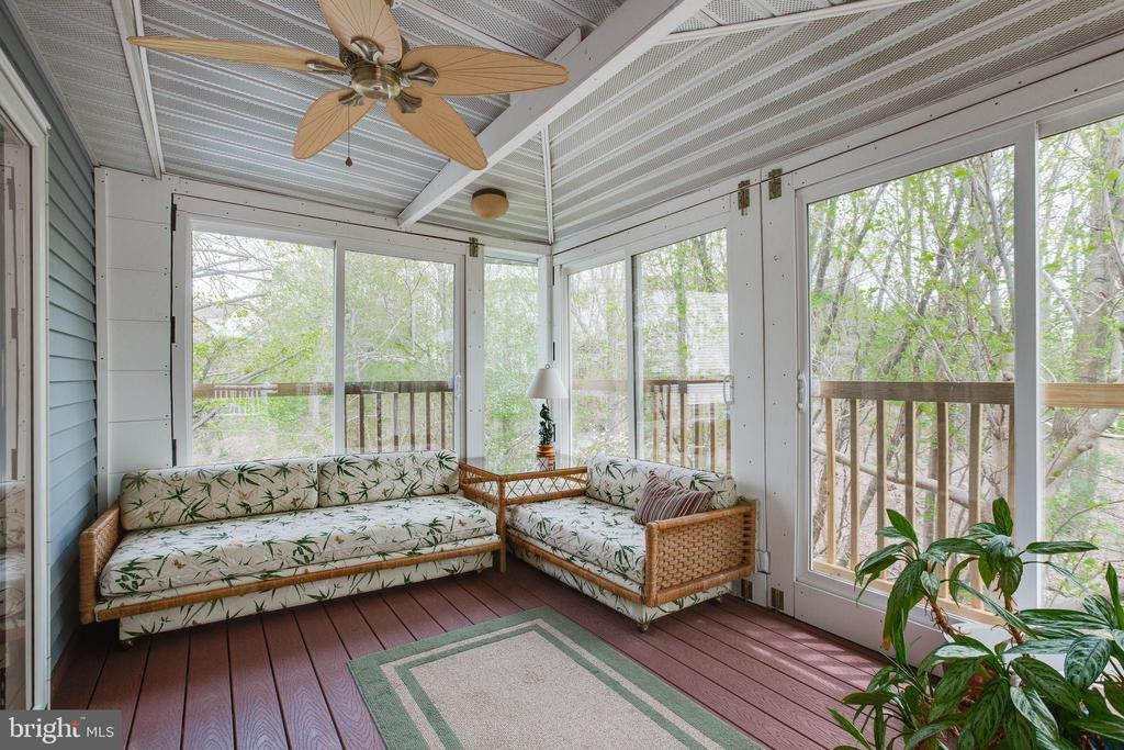 Enjoy the beauty of your backyard from the sunroom - 15103 SWISS STONE CT, BURTONSVILLE