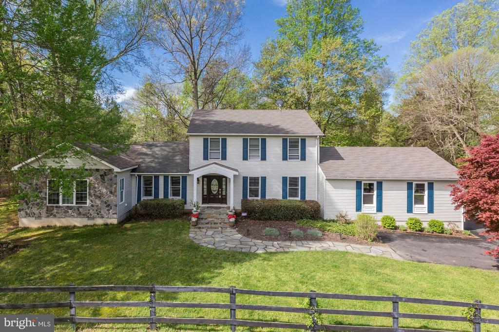 7594  LEEDS MANOR ROAD, Marshall in FAUQUIER County, VA 20115 Home for Sale