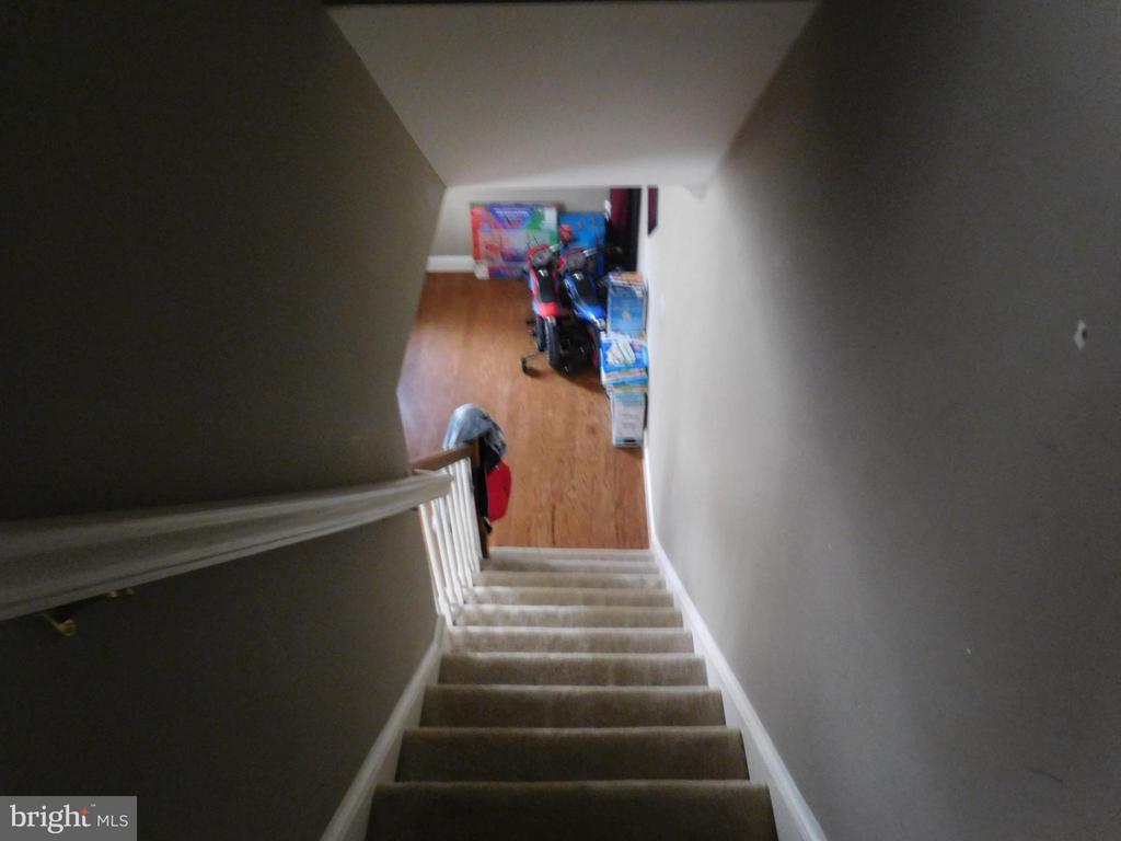 Stairwell - 5332 JAY ST NE, WASHINGTON