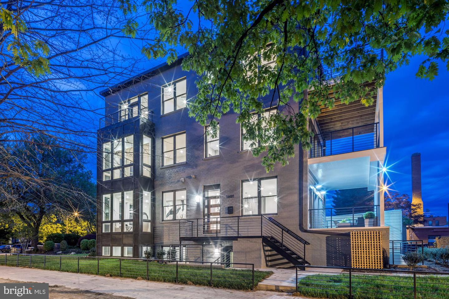 Single Family for Sale at 1401 South Carolina Ave SE #1 1401 South Carolina Ave SE #1 Washington, District Of Columbia 20003 United States