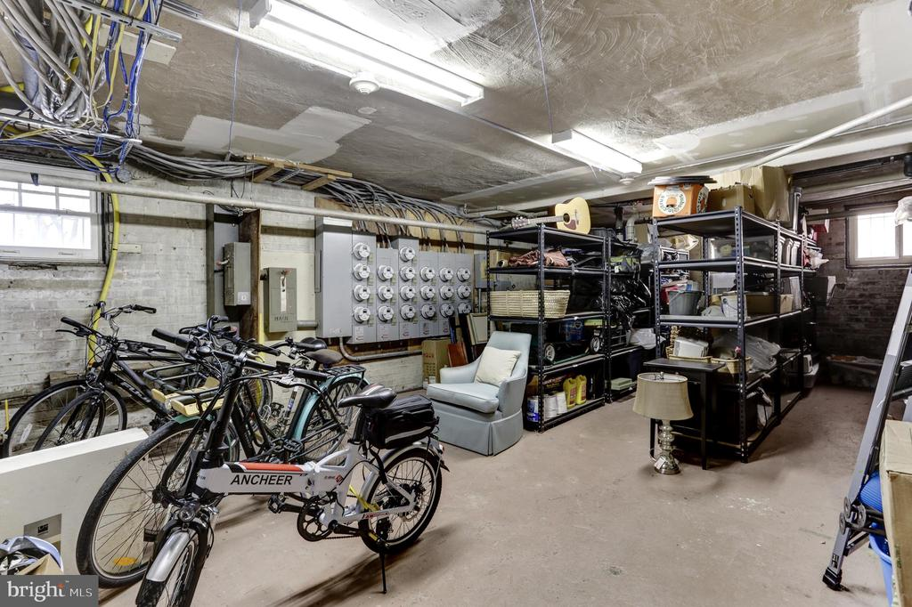 Additional storage available in the building - 105 6TH ST SE #105, WASHINGTON