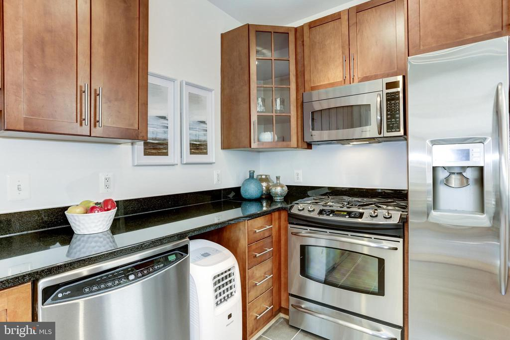 Air conditioning unit also conveys! - 105 6TH ST SE #105, WASHINGTON
