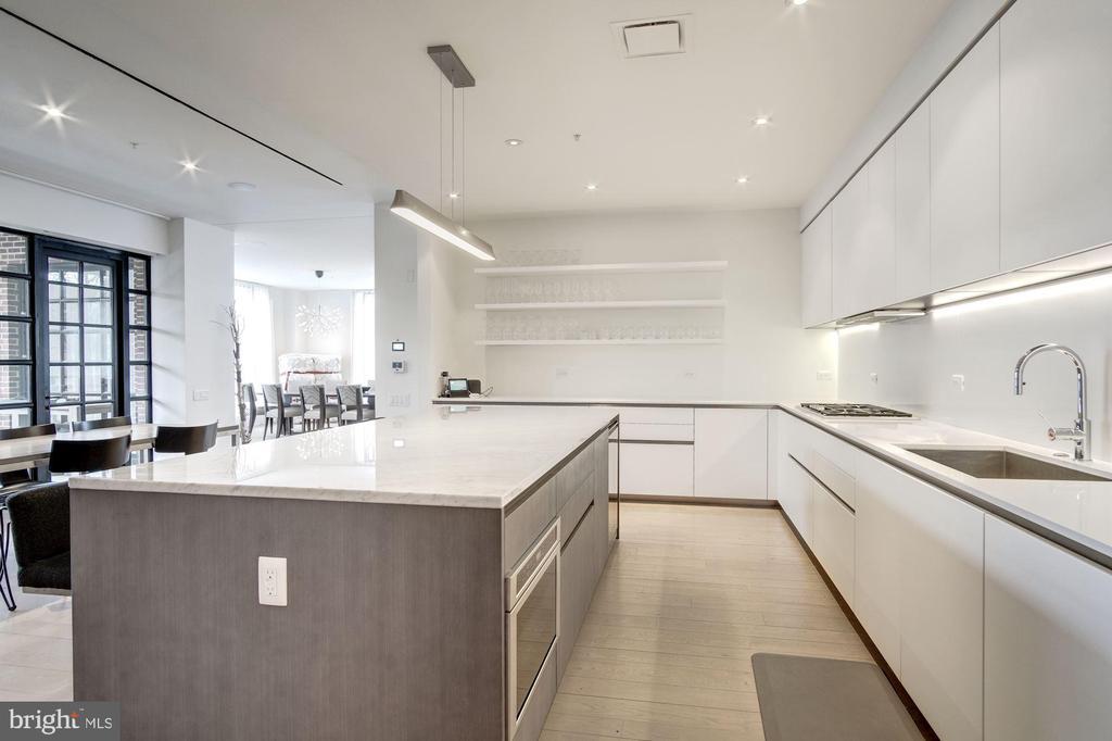 Kitchen - 1055 WISCONSIN AVE NW #2W, WASHINGTON