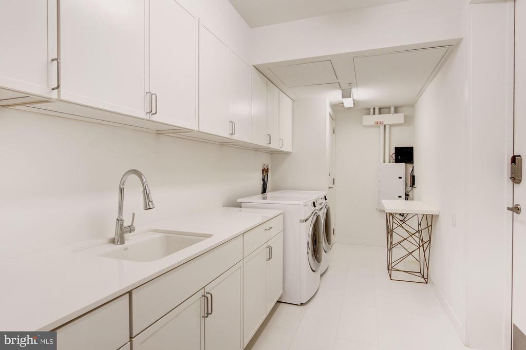 Laundry room - 1055 WISCONSIN AVE NW #2W, WASHINGTON