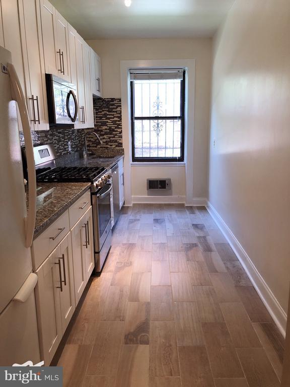 Kitchen - 3100 CONNECTICUT AVE NW #118, WASHINGTON