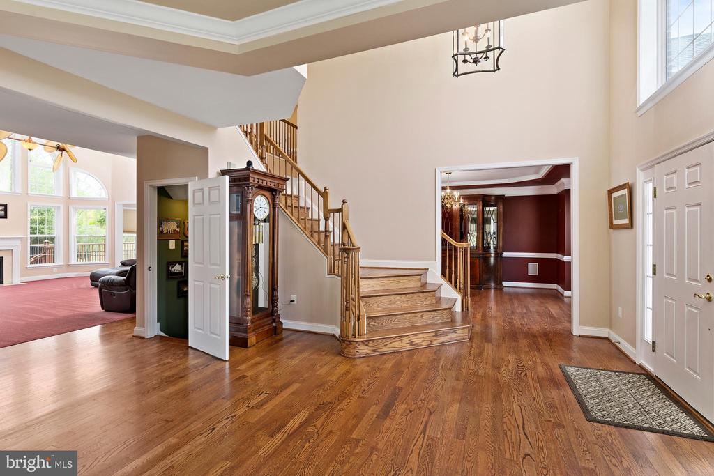 Gorgeous Entry - 12515 SINGLE OAK RD, FREDERICKSBURG