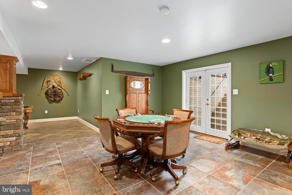 What Would You Do With This Space? - 12515 SINGLE OAK RD, FREDERICKSBURG