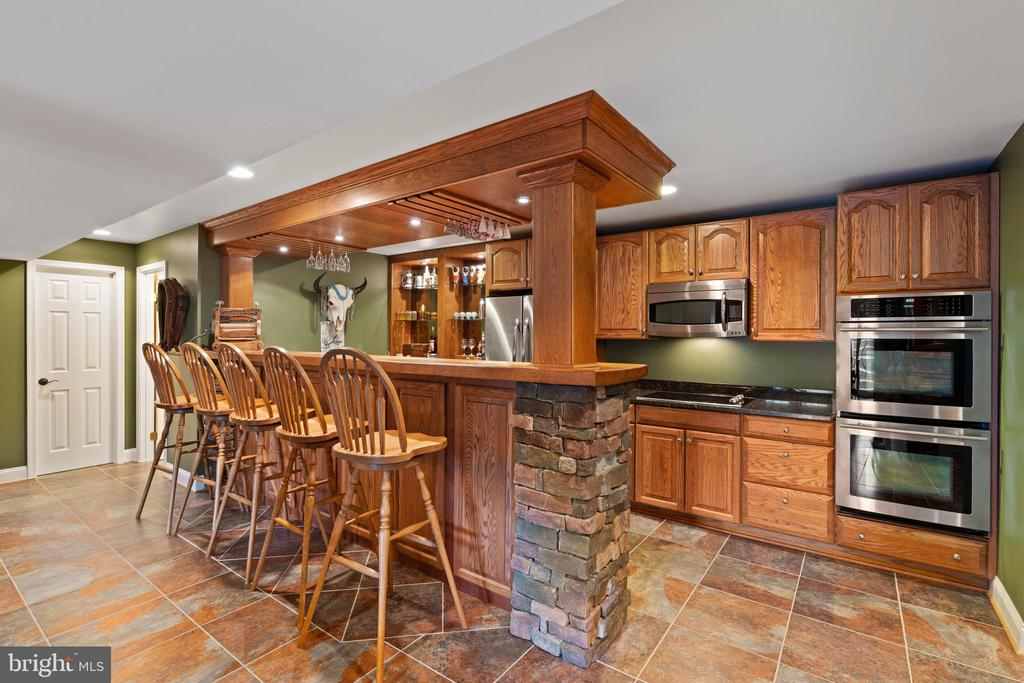 Full Equipped-Fridge, Dbl Ovens, Cktop, Microwave - 12515 SINGLE OAK RD, FREDERICKSBURG