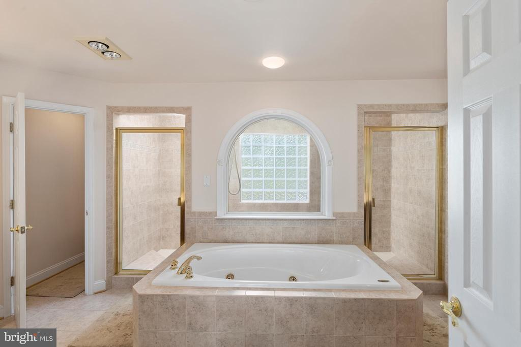 Spa Like Master Bathroom - 12515 SINGLE OAK RD, FREDERICKSBURG