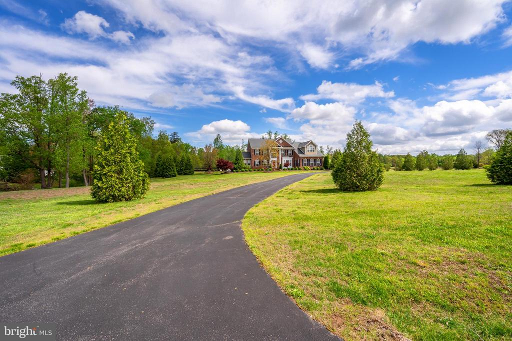Long Driveway Leading to the Home - 12515 SINGLE OAK RD, FREDERICKSBURG