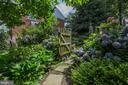 Professional landscaping - 6006 COREWOOD LN, BETHESDA