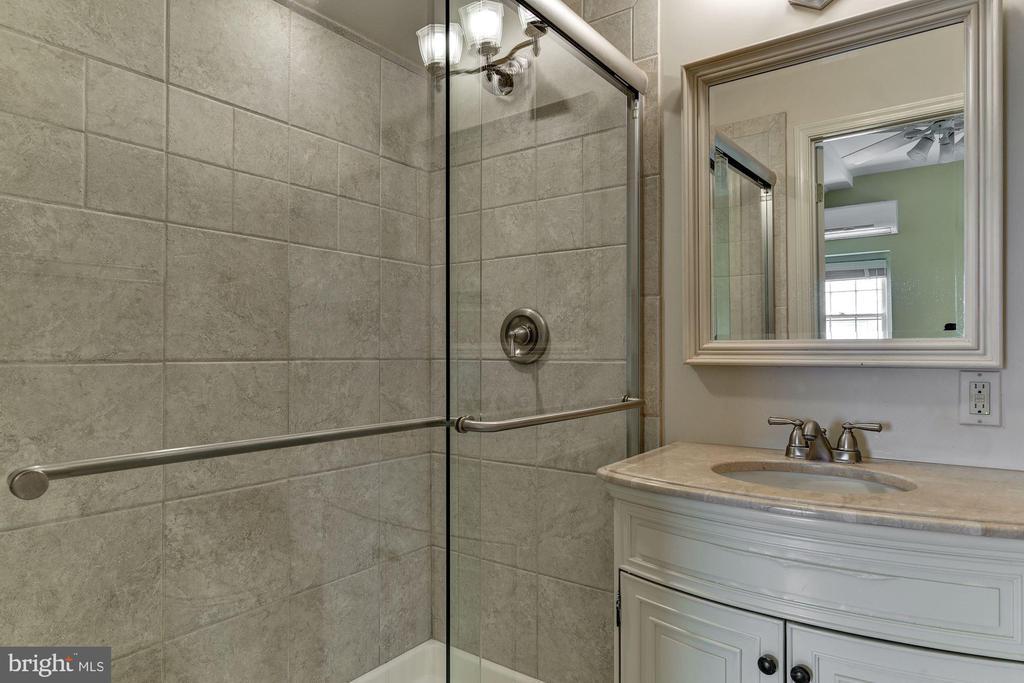 Full bath 2 - 6006 COREWOOD LN, BETHESDA