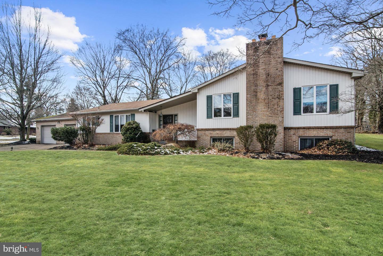 Single Family Homes для того Продажа на Riverton, Нью-Джерси 08077 Соединенные Штаты