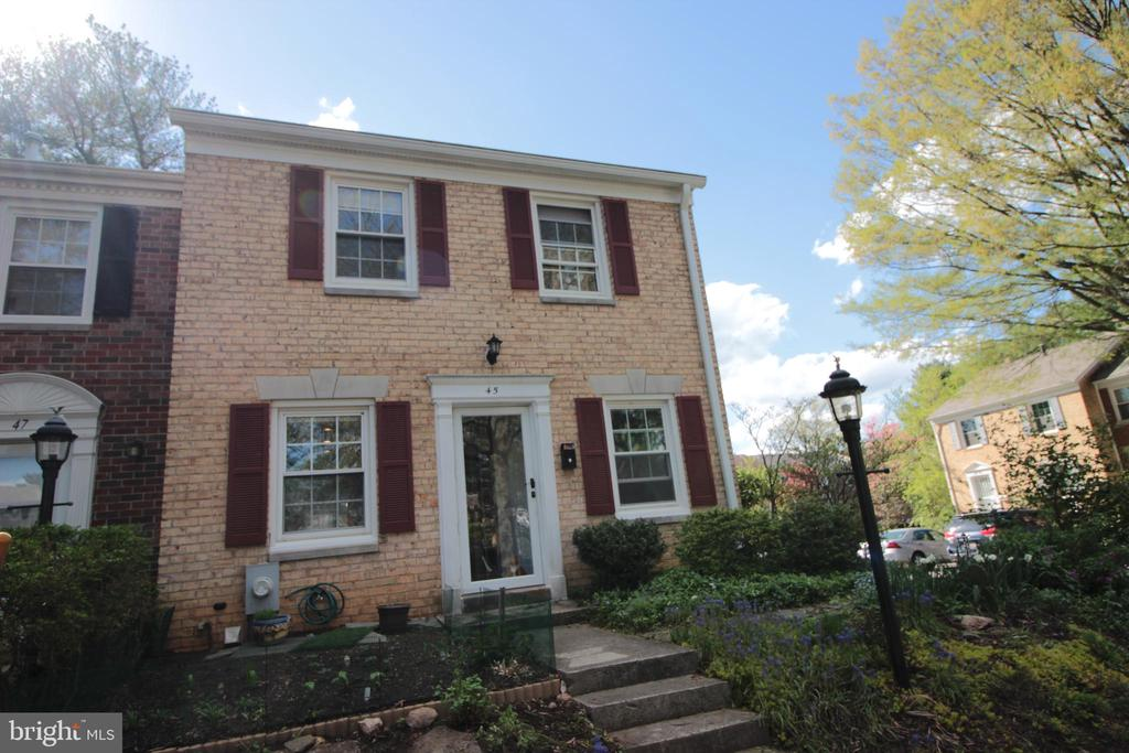 45  LONGMEADOW DRIVE, Gaithersburg in MONTGOMERY County, MD 20878 Home for Sale