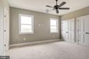 Upper Level Bedroom with double closets - 38042 GREENWOOD FARM LN, PURCELLVILLE