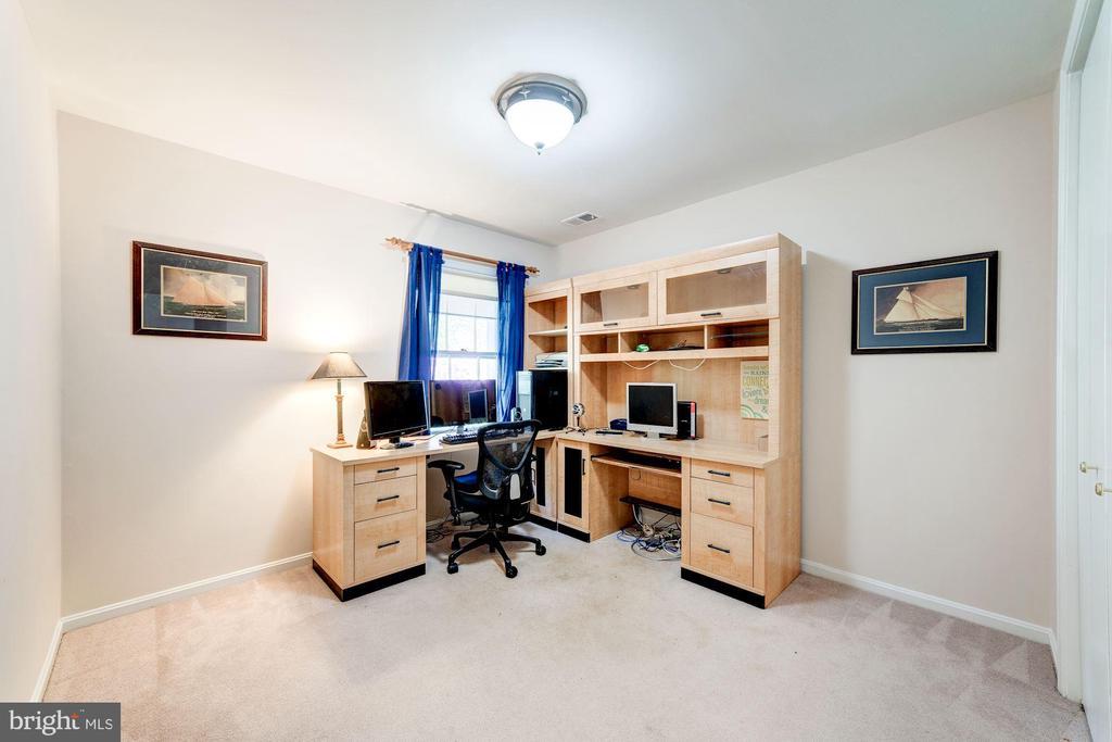 Bedroom 4 - 11310 MYRTLE LN, RESTON