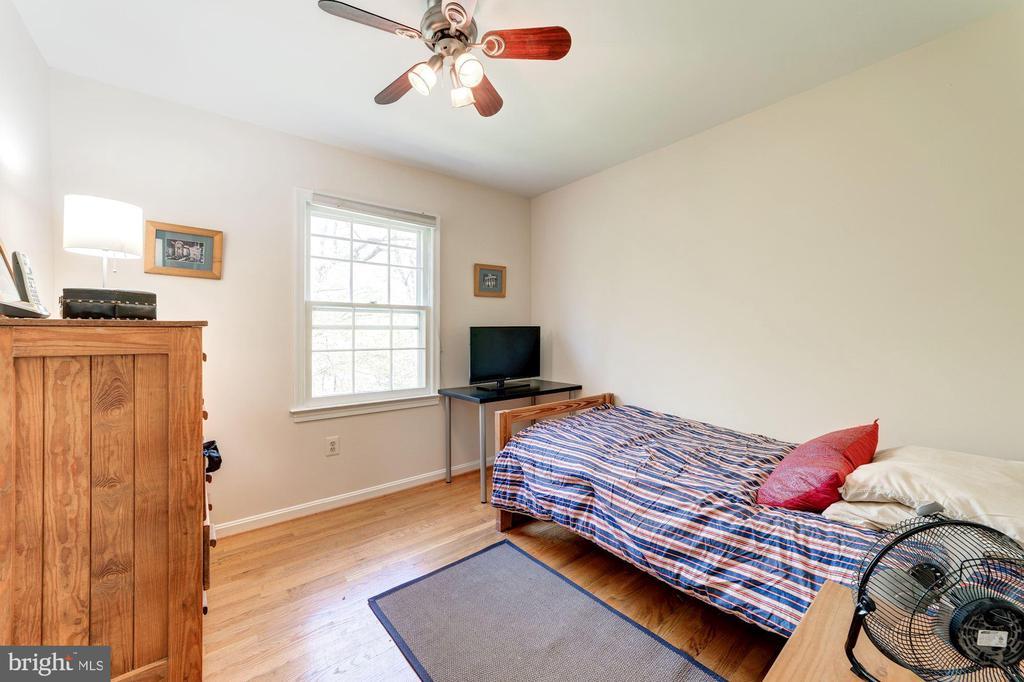 Bedroom 3 - 11310 MYRTLE LN, RESTON