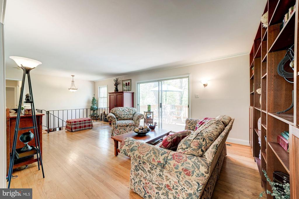 Living room with access to Deck - 11310 MYRTLE LN, RESTON