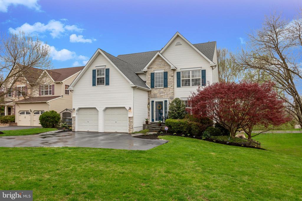 111  HIDDEN COURT, New Hope in BUCKS County, PA 18938 Home for Sale