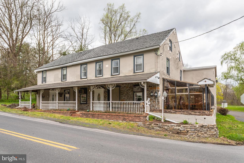 Multi Familie für Verkauf beim Pennsburg, Pennsylvanien 18073 Vereinigte Staaten