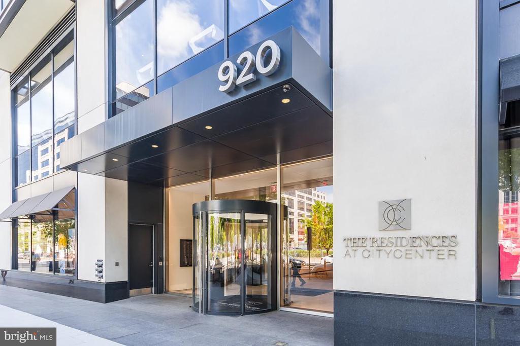 Front Entrance - 920 I ST NW #609, WASHINGTON