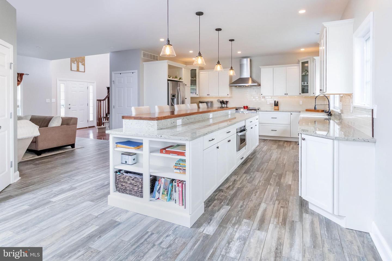 Single Family Homes للـ Sale في Pittsgrove, New Jersey 08318 United States