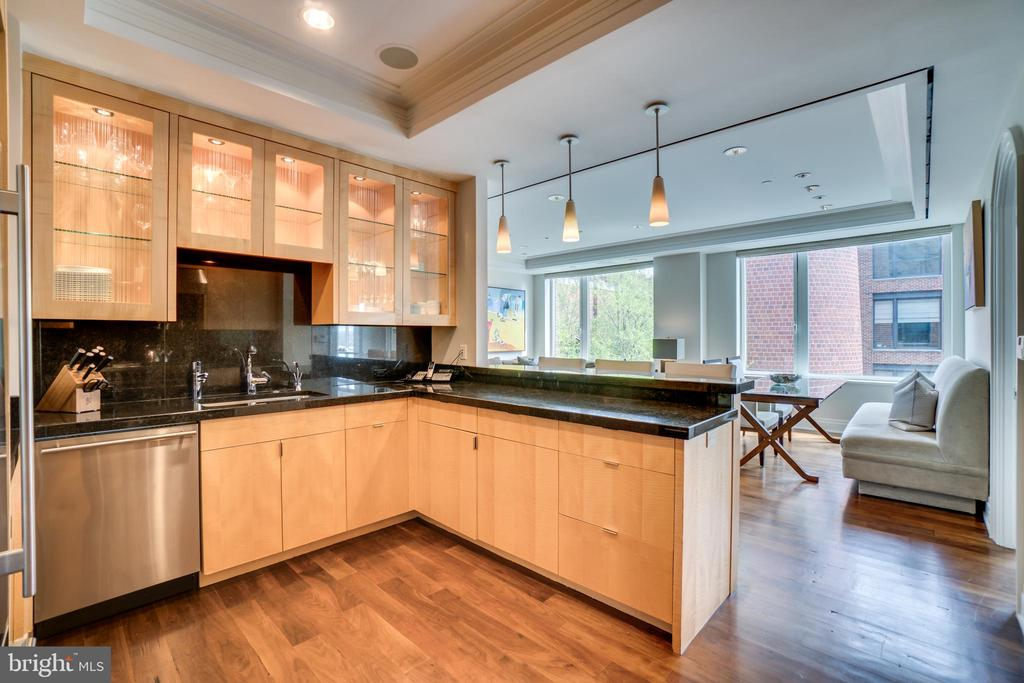 Lighted cabinets - 3150 SOUTH ST NW #PH1D, WASHINGTON