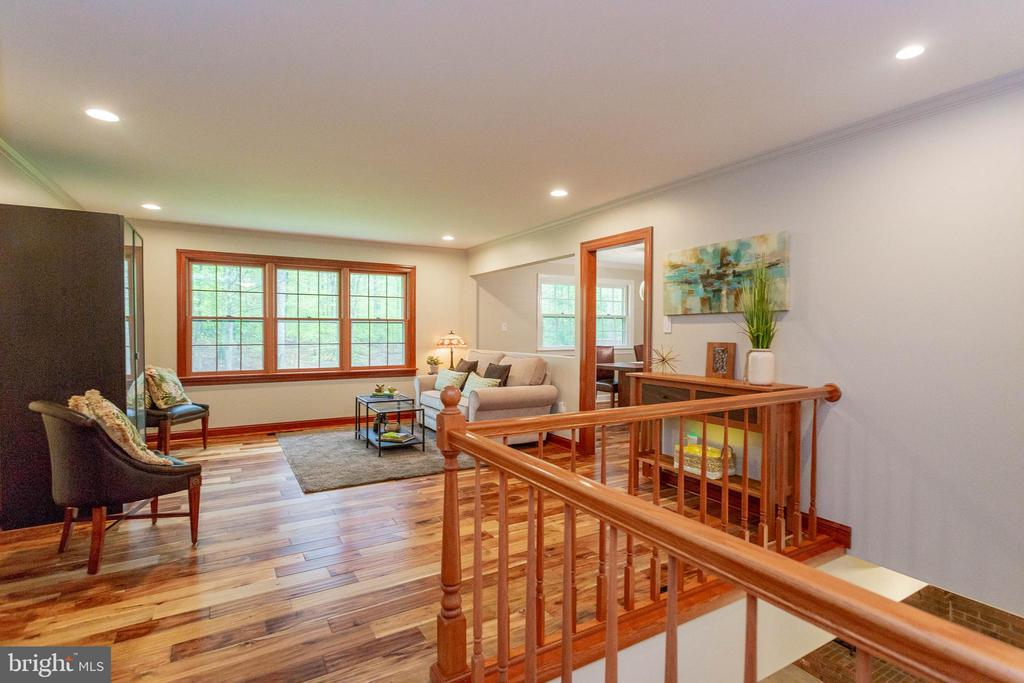 Living Room is spacious and has recessed lighting - 11905 CHAPEL RD, CLIFTON