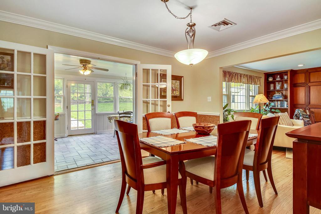 Dining / Sunroom and Living Room - 6036 OLD TELEGRAPH RD, ALEXANDRIA