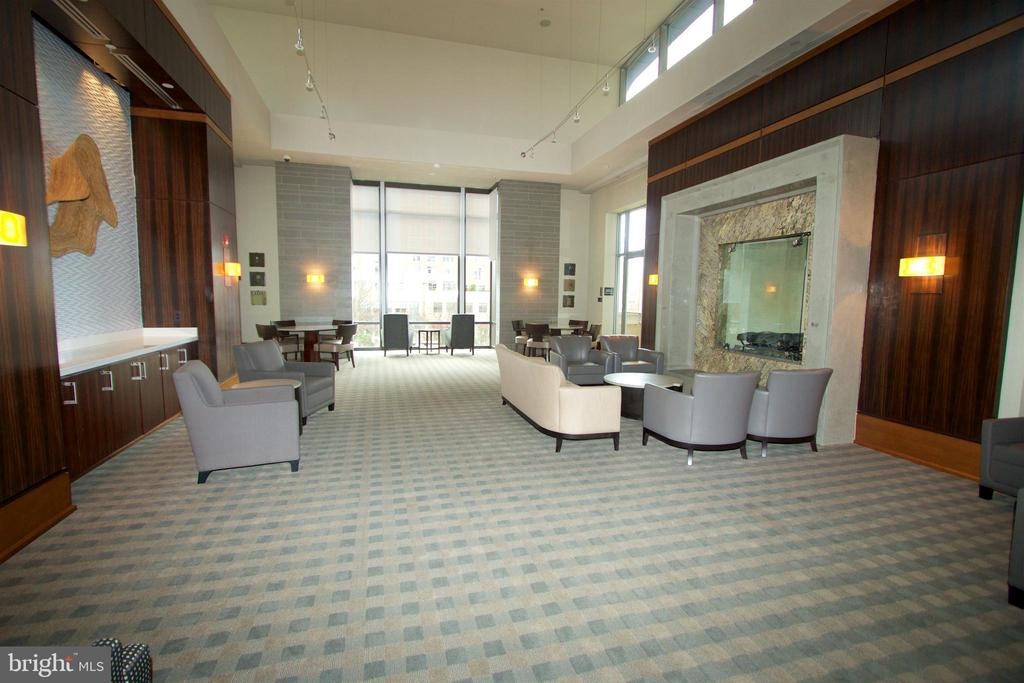 Great social areas for residents to rent/meet - 11990 MARKET ST #1403, RESTON