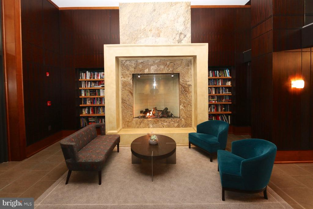 24/7 concierge service in the building's foyer - 11990 MARKET ST #1403, RESTON