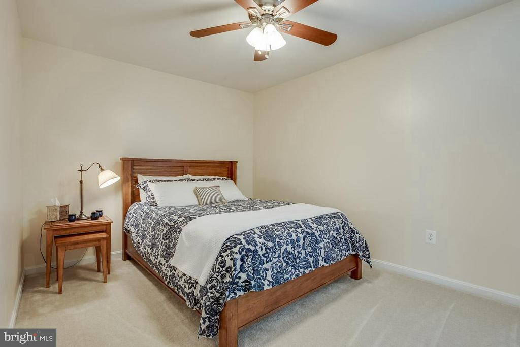 Bedroom 2, all bedrooms have ceiling fans - 51 FOUNTAIN DR, STAFFORD
