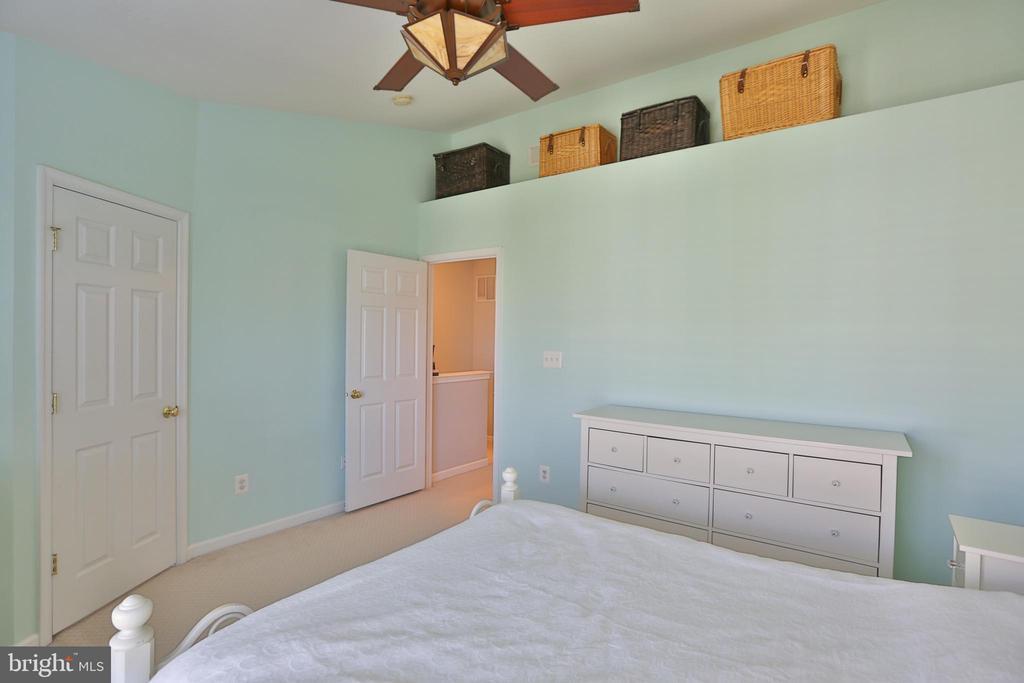 MASTER BEDROOM - 42762 KEARNEY TER, CHANTILLY