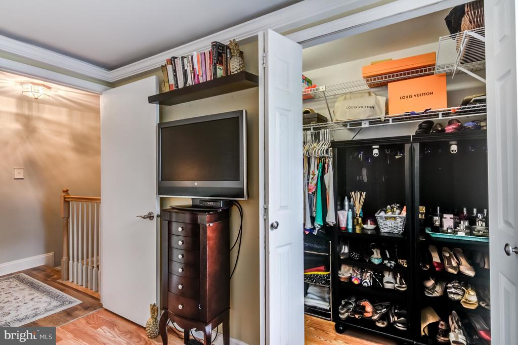 Master Closet with built in shelves/storage - 14522 BLACK HORSE CT, CENTREVILLE