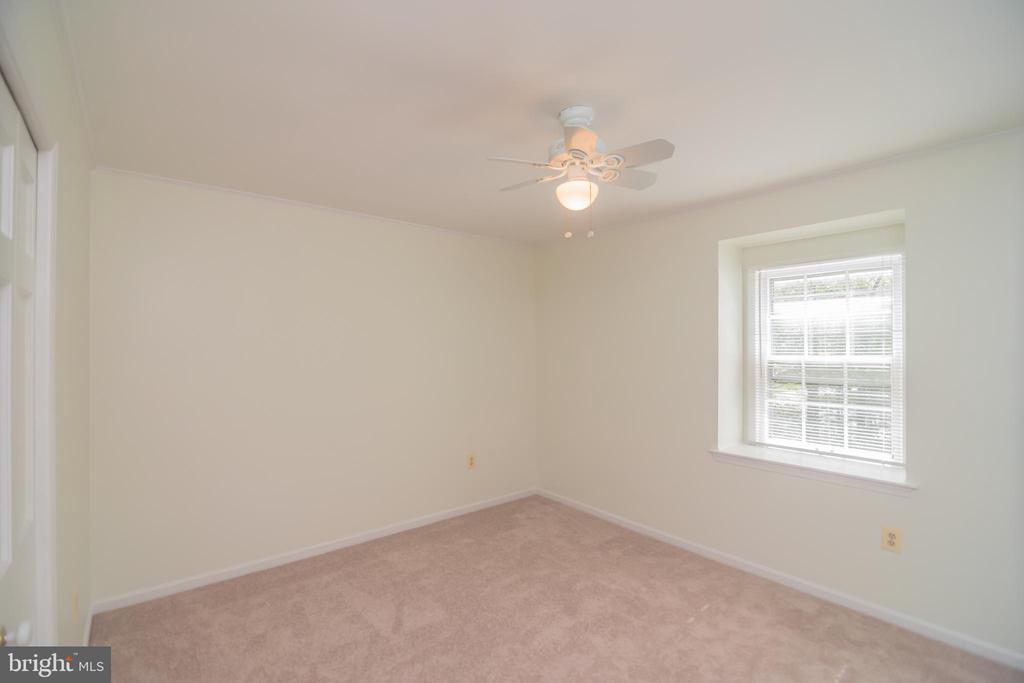 Bedroom 3 - 3296 TILTON VALLEY DR, FAIRFAX