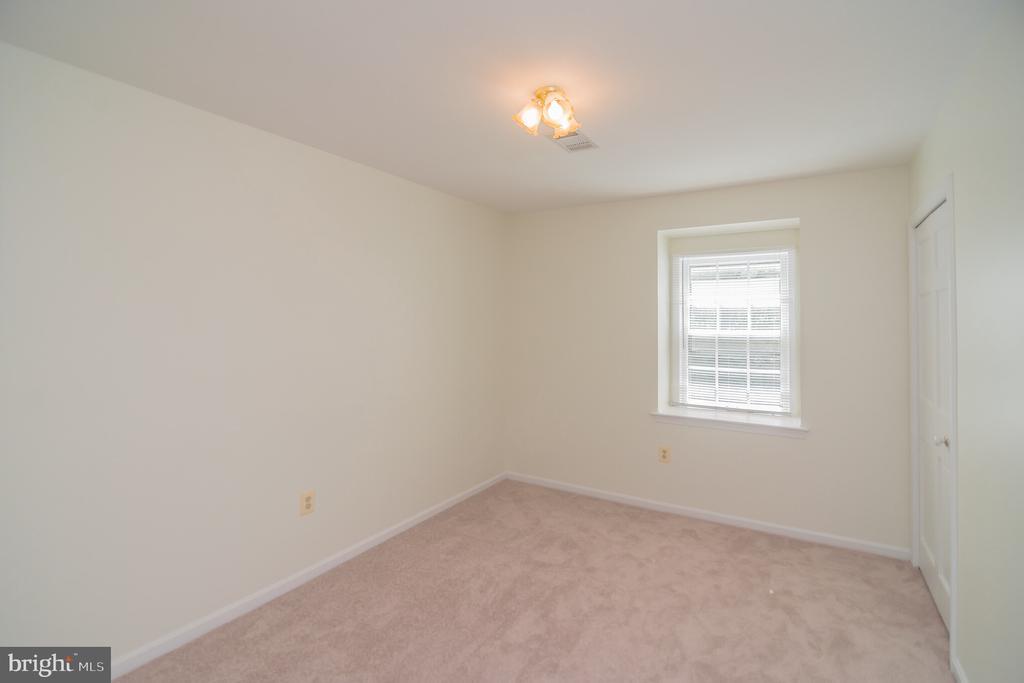 Bedroom 2 - 3296 TILTON VALLEY DR, FAIRFAX