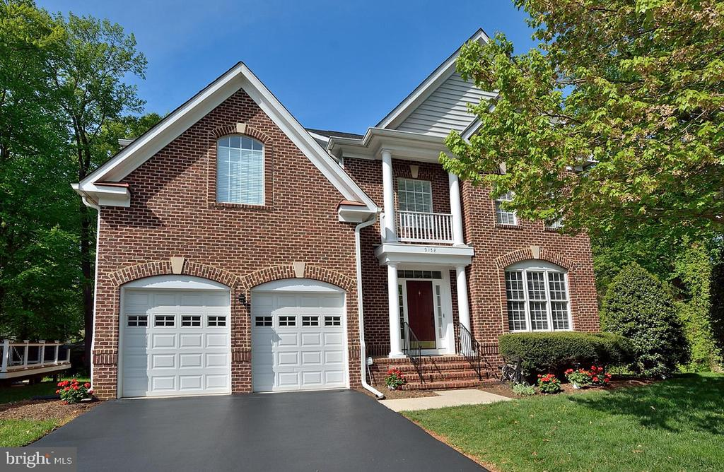 9158  MOONSTONE DRIVE, Fairfax, Virginia