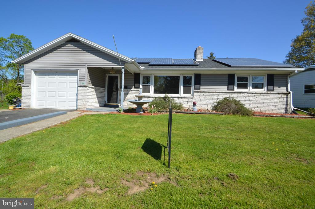 238 W COLEBROOK STREET, Manheim in LANCASTER County, PA 17545 Home for Sale