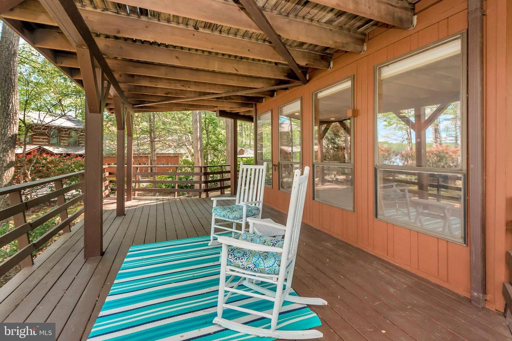 Lower Level Deck off Family Room - 215 WAKEFIELD DR, LOCUST GROVE