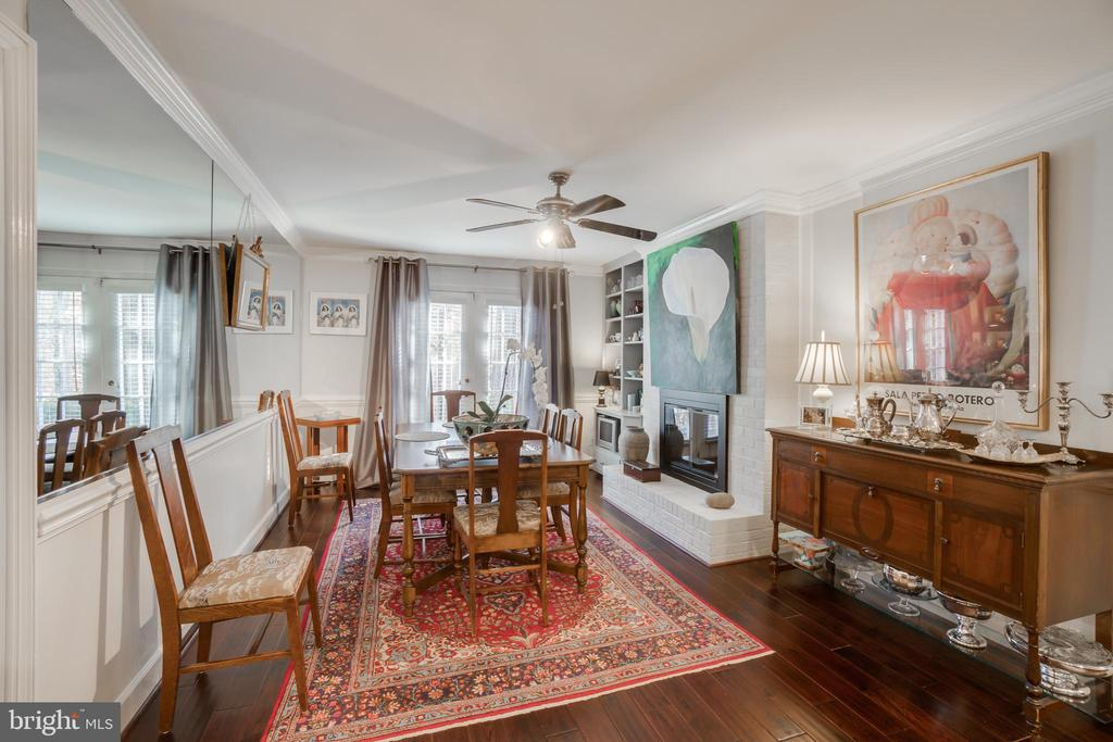 large dining space - 6103 RIVER RD, FREDERICKSBURG