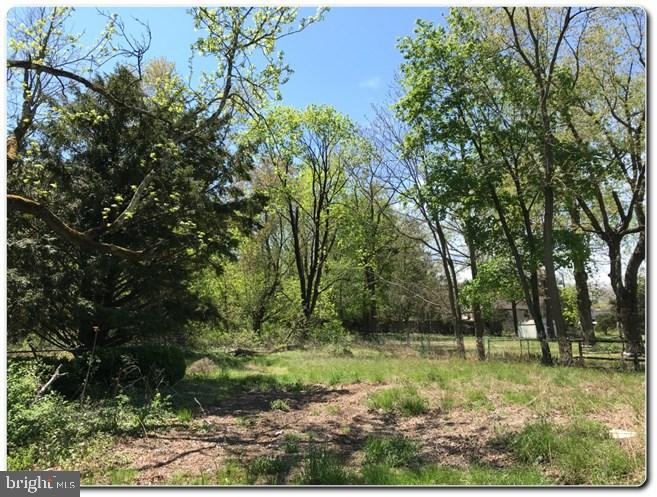 Land for Rent at Berlin, New Jersey 08009 United States