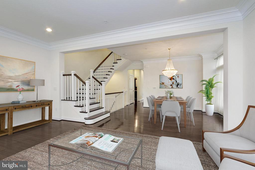 Dining Room/Living Room Combo w/High Ceilings - 5124 STRATHMORE AVE, NORTH BETHESDA