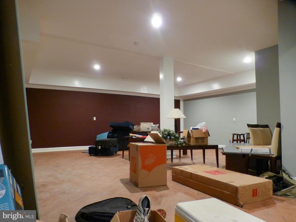 Massive Basement Recreation Room - 2621 STENHOUSE PL, DUNN LORING
