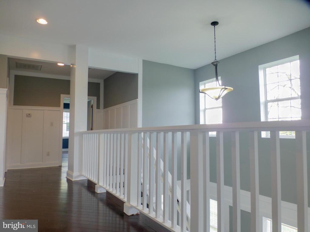 Upstairs Hallway - 2621 STENHOUSE PL, DUNN LORING